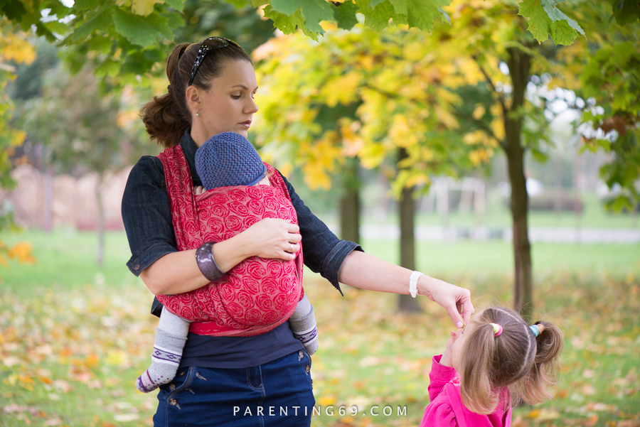 babywearing-wrap-oscha-slings-roses-aphrodite-red-115