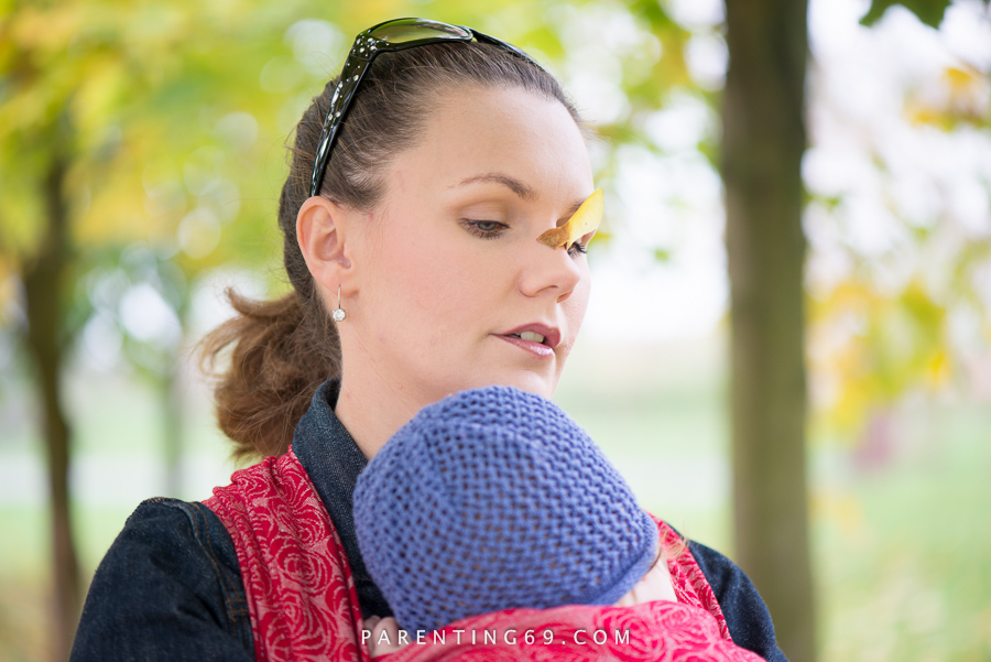 babywearing-wrap-oscha-slings-roses-aphrodite-red-117