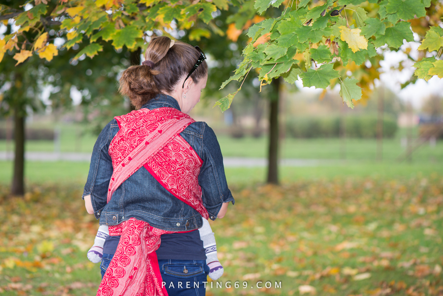 babywearing-wrap-oscha-slings-roses-aphrodite-red-125