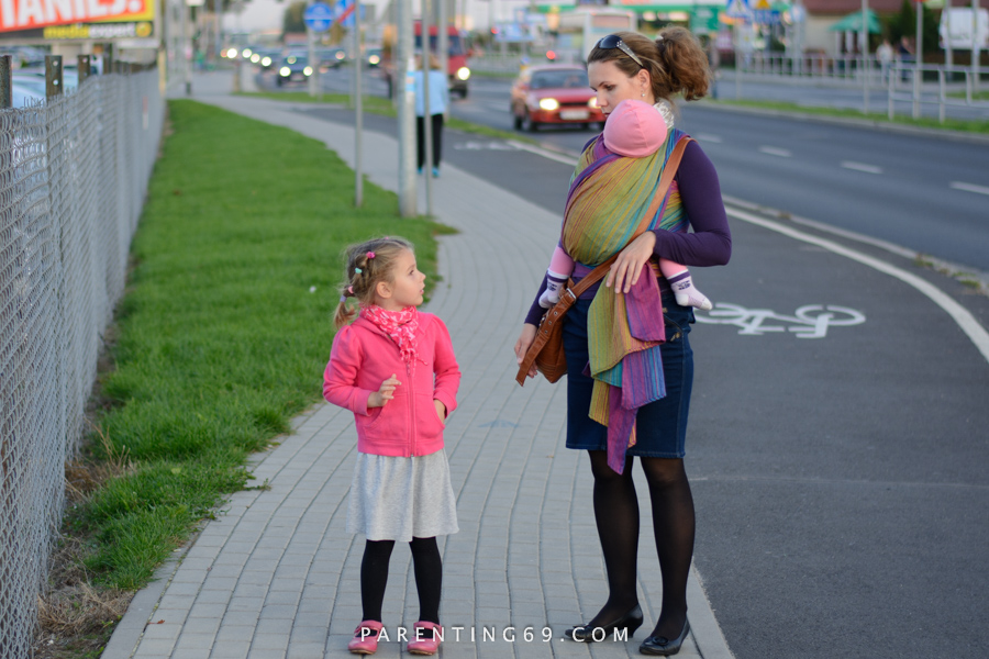 babywearing-wrap-pellicano-mauris-street-photo-101