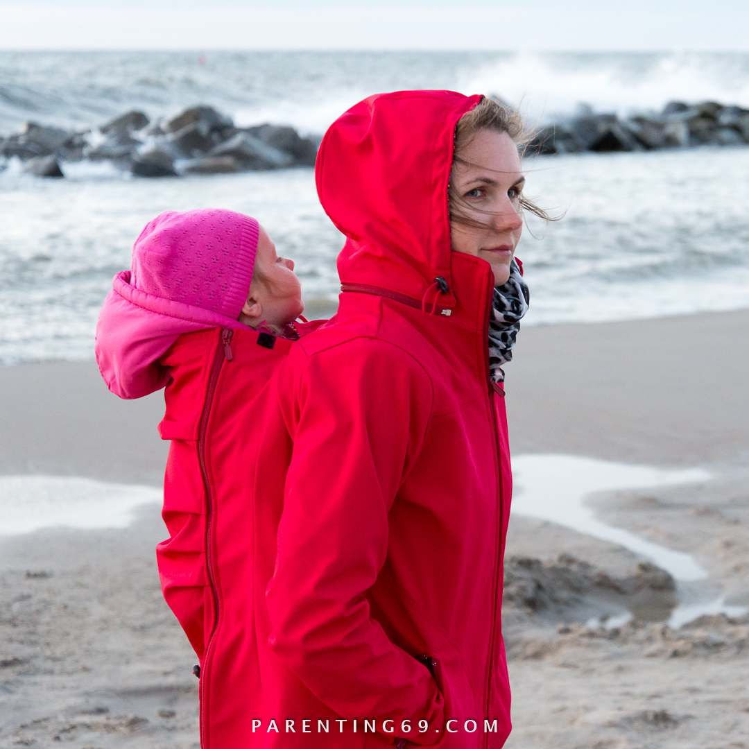 DSC_1844-twiga-babywearing-coat-for-two-red-softshell