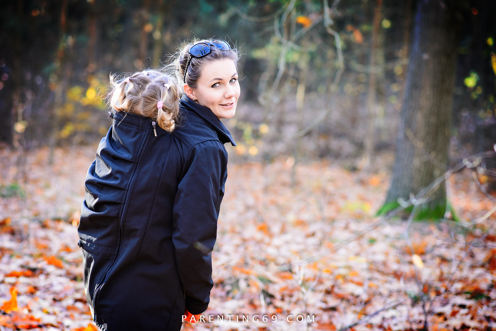 twiga-babywearing-clothing-for-two-black-twiga-babywearing-clothing-for-two-black-DSC_3661